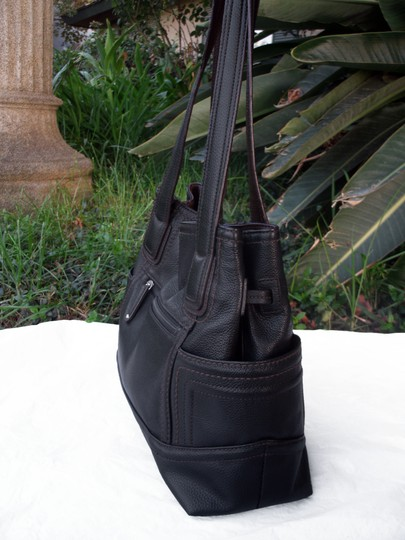Tignanello Shopper Pockets Carryall Leather Tote in Black and brown Image 4
