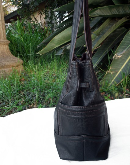 Tignanello Shopper Pockets Carryall Leather Tote in Black and brown Image 5