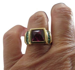 David Yurman 18k Yellow Gold 8mm Amethyst and Emerald Cable Shank Ring