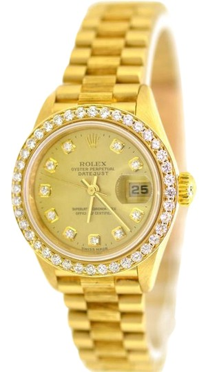 Preload https://img-static.tradesy.com/item/22119686/rolex-president-datejust-18k-gold-bark-finish-diamond-69278-26mm-lady-watch-0-1-540-540.jpg