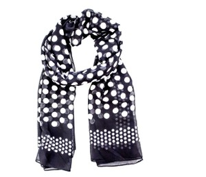 cdb3864979f Michael Kors Scarves   Wraps - Up to 70% off at Tradesy