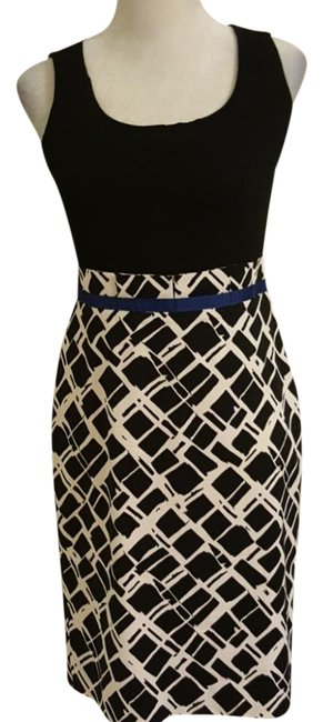 Preload https://img-static.tradesy.com/item/22120757/donna-degnan-blue-black-and-white-mid-length-short-casual-dress-size-2-xs-0-3-650-650.jpg