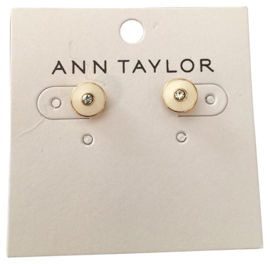 Preload https://img-static.tradesy.com/item/22120918/ann-taylor-enamel-disc-stud-earrings-0-1-540-540.jpg