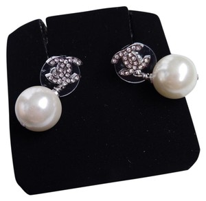 Chanel Chanel pearl drop silver crystal classic cc earrings