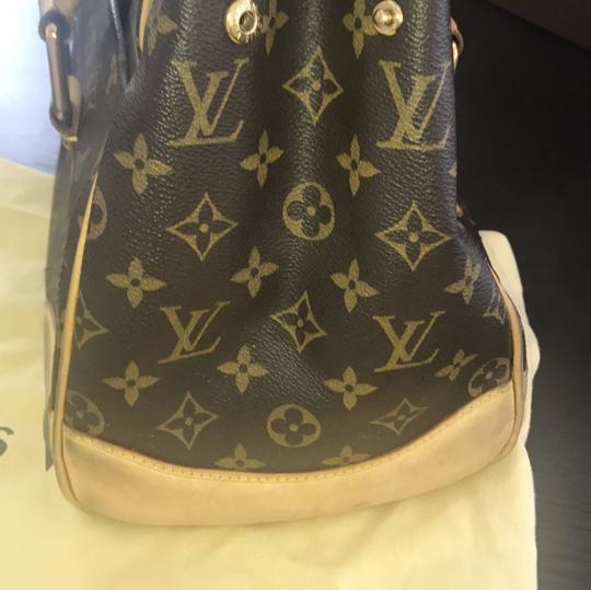 Louis Vuitton Tote in brown and beige Image 11
