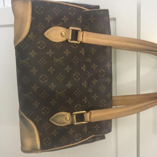 Louis Vuitton Tote in brown and beige Image 7
