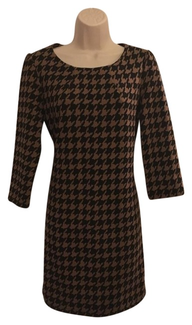 Preload https://img-static.tradesy.com/item/22121654/vivienne-tam-taupe-and-black-sleeves-mid-length-workoffice-dress-size-6-s-0-1-650-650.jpg