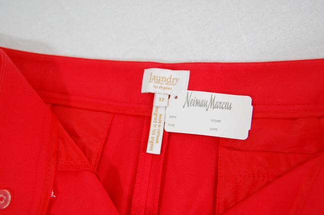 Laundry by Shelli Segal Gold Hardware Zipper Flattering Flat Front Besom Pockets Mini/Short Shorts Red Image 7