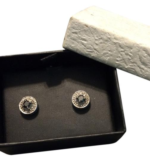 Preload https://item5.tradesy.com/images/unknown-black-diamond-ear-studs-2212299-0-0.jpg?width=440&height=440