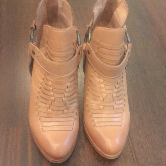 Seychelles Leather brown Boots Image 1