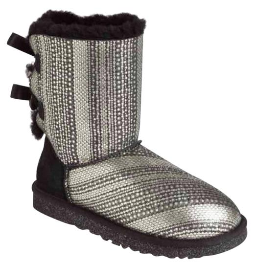 Preload https://img-static.tradesy.com/item/22123190/ugg-australia-black-and-silver-holiday-bailey-bow-back-gray-b-bootsbooties-size-us-7-regular-m-b-0-2-540-540.jpg