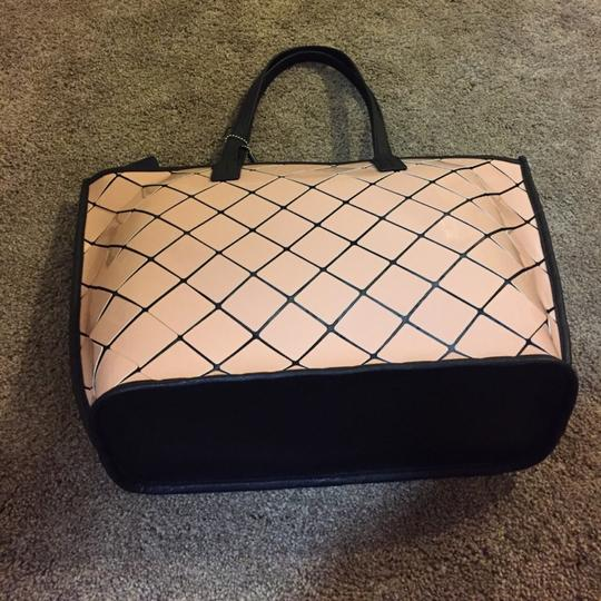 Calvin Klein Tote in Pink Image 2
