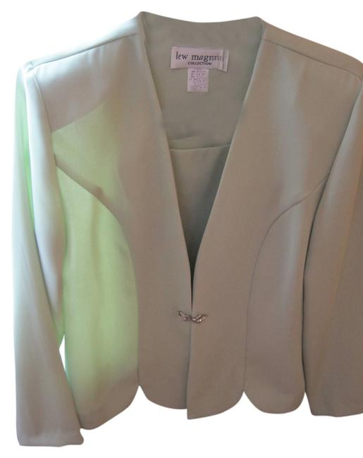 Preload https://item3.tradesy.com/images/lew-magram-light-green-style-9272-item-no-l-1716-skirt-suit-size-10-m-2212357-0-0.jpg?width=400&height=650