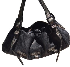 Be&D Tote in Black and Gray