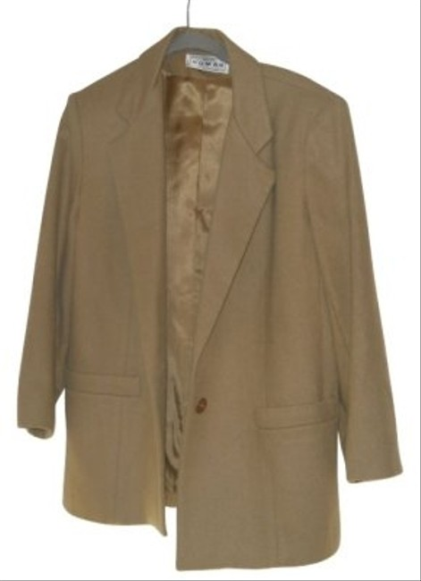 Preload https://item2.tradesy.com/images/camel-brown-nice-length-made-in-usa-wool-jacket-blazer-size-petite-12-l-22126-0-0.jpg?width=400&height=650