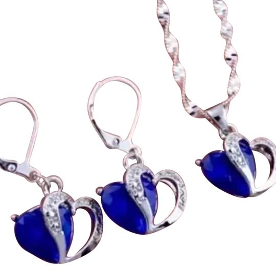 925 swarovski blue sapphire crystal diamond im a 924 sterling 925 blue crystal heart pendant and earrings aloadofball Images