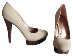 BCBGMAXAZRIA Beige And Gold Pumps