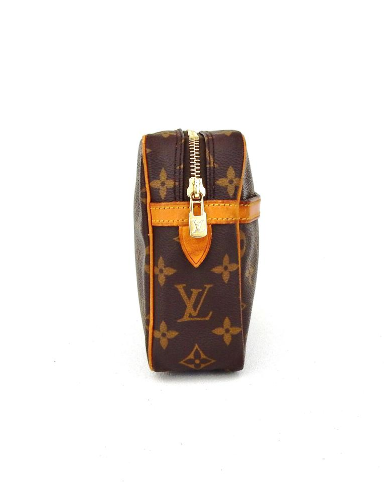 louis vuitton brown compiegne 23 monogram canvas leather makeup travel dopp bag cosmetic bags. Black Bedroom Furniture Sets. Home Design Ideas