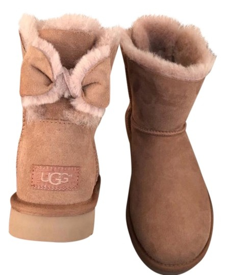 ugg australia ugg chestnut sz 7 new boots on sale 37 off boots booties on sale. Black Bedroom Furniture Sets. Home Design Ideas