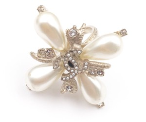 Chanel Chanel Cross Faux Pearl Gold CC Ring