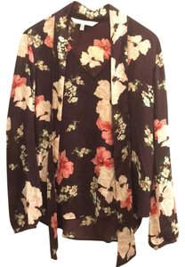 cupcakes and cashmere Top Burgundy, Floral