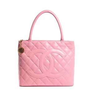 Chanel Medallion Caviar Vintage Tote in Pink