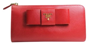Prada Wallet Fiocco Wallet Saffiano Wallet Saffiano Bow Red Clutch