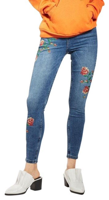Preload https://img-static.tradesy.com/item/22133065/topshop-medium-wash-floral-jamie-embroidered-skinny-jeans-size-32-8-m-0-1-650-650.jpg