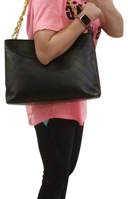 Item - Alexa Tote Black with Gold Hardware Leather Satchel