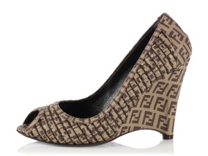 Fendi Monogram Quilted New Fi.l0104.10 Zucca Brown Pumps