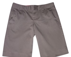Banana Republic Bermuda Shorts tan