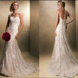 Maggie Sottero White/Ivory Emma Traditional Wedding Dress Size 2 (XS)