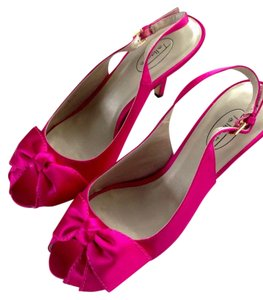 Talbots pink Pumps