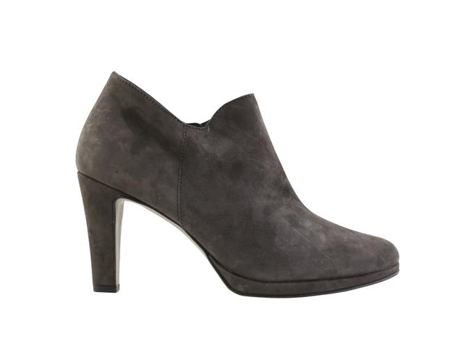 Item - Gray Charcoal Suede Boots/Booties Size US 5 Regular (M, B)