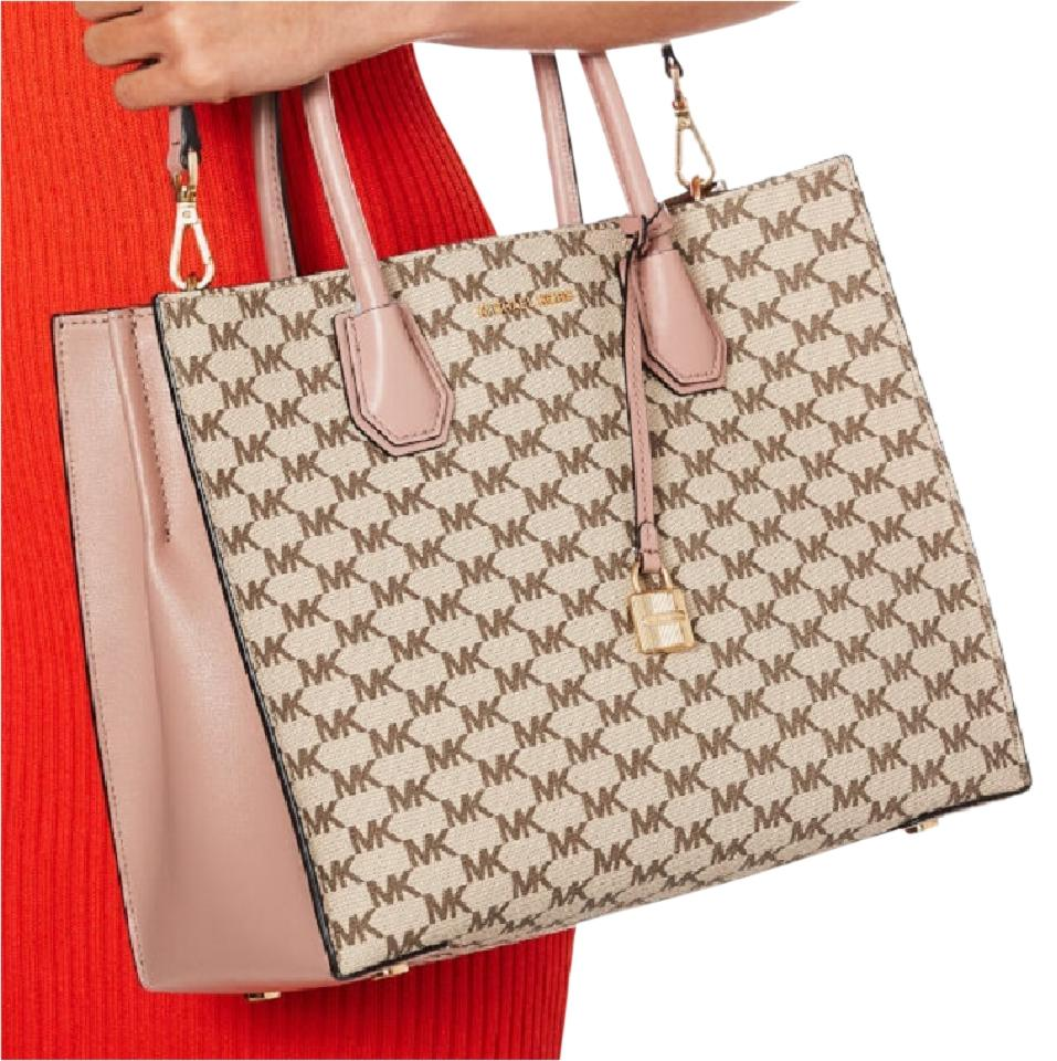 5ecdbe82cbbe MICHAEL Michael Kors Heritage Signature Large Signature Shoulder Fawn Natural  Tote in Fawn   Natural. 1234567