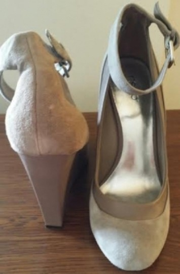 RSVP Suede Pump Ankle Strap Never Been Worn Brand New Still In The Box Taupe Wedges
