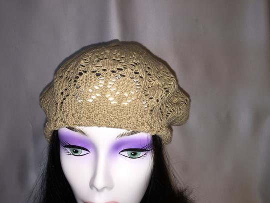 Other Lace-Knit Beret Duo; Tan and Black [ Roxanne Anjou Closet ]