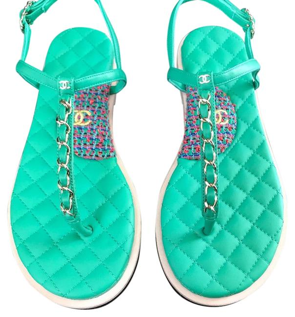 Item - Green Lambskin Tweed Gold Chain Thongs Sandals Size EU 35.5 (Approx. US 5.5) Wide (C, D)