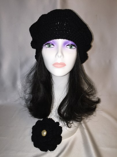 Other Crochet Beret and Matching Pin (One Size) [Roxanne Anjou Closet ]