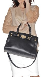 Michael Kors Large Solid Tote in Black