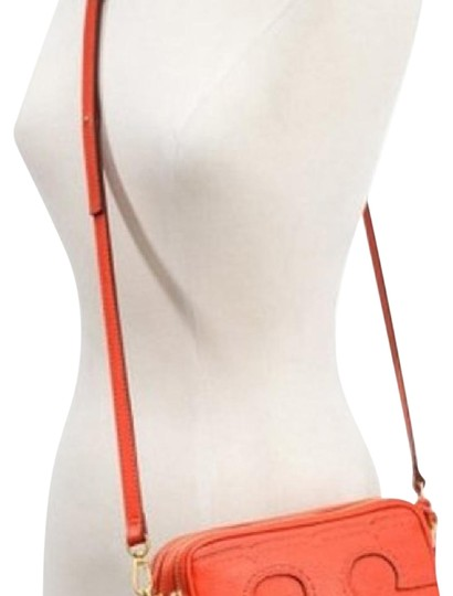 Preload https://img-static.tradesy.com/item/22140445/tory-burch-amalie-fire-orange-leather-cross-body-bag-0-1-540-540.jpg