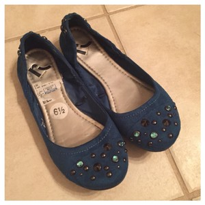 REPORT Turquoise Flats