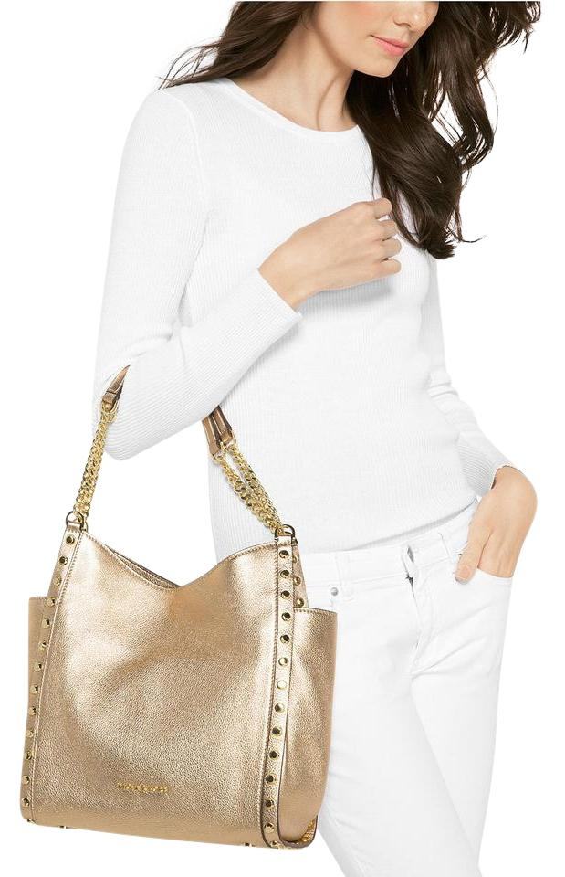 ab2f88087ac7 Michael Kors Newbury Medium Chain Tote Pale Gold Leather Shoulder ...