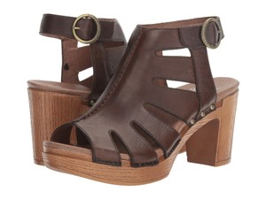 Dansko brown/ teak Sandals