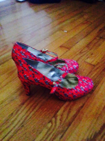 Miss Albright specialty Pumps