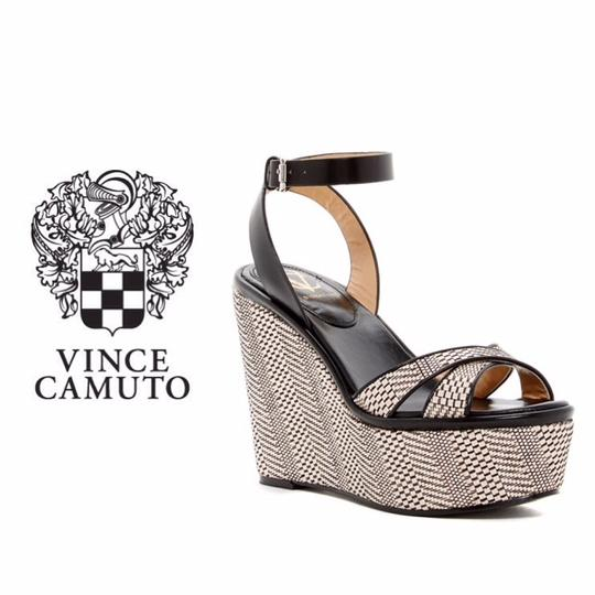 Preload https://img-static.tradesy.com/item/22147454/vince-camuto-black-and-beige-wedge-platforms-size-us-85-regular-m-b-0-0-540-540.jpg