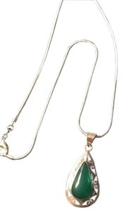 Other Green Onyx Gemstone Pendant Necklace in Sterling Silver 18