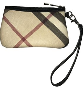 73951e1d8d50 Burberry Wristlets - Up to 70% off at Tradesy