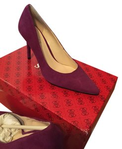 Guess Suede Pointed Toe Stiletto Magenta Pumps