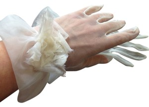 Other Elegant White Organza Gloves